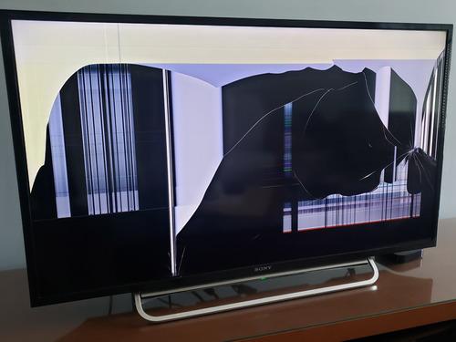Imagem 1 de 7 de Tv Sony Kdl-40w605b Com Defeito Na Tela