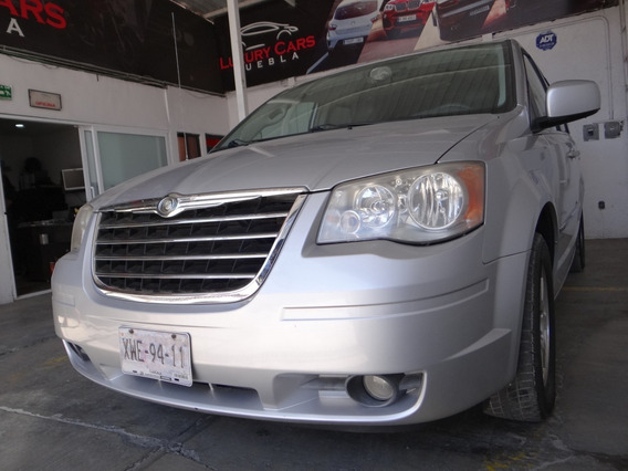 Chrysler Town & Country Touring 2009!! Super Cuidada!!