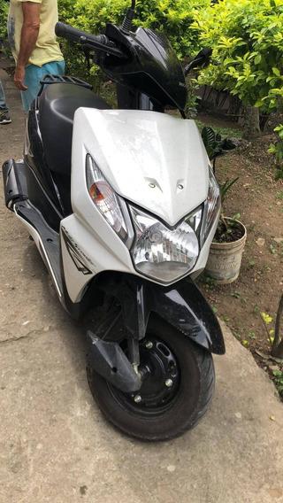 Vendo Moto Honda 110 Dio De 2018