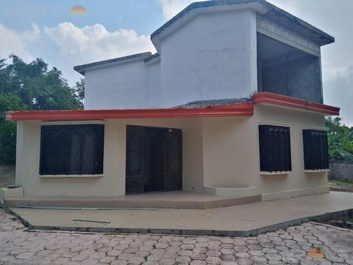 Casa En Venta En Col. Zamora, Panuco, Ver.