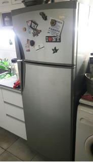 Permuto Heladera Grande Por Heladera Bajo Mesada C/freezer