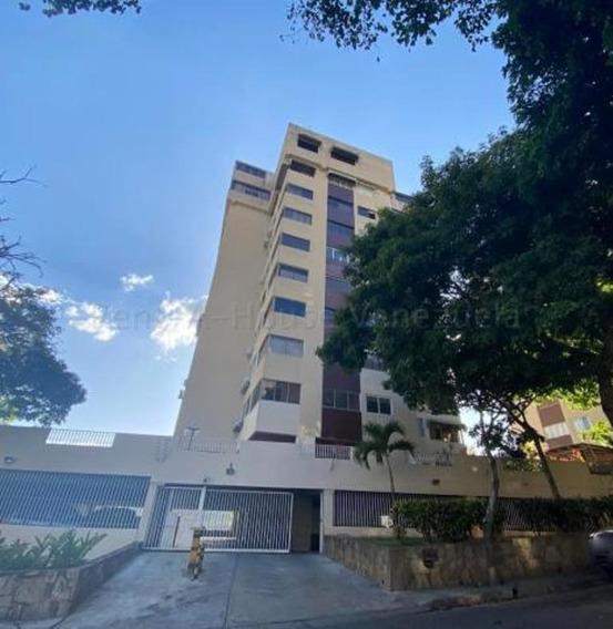 Apartamento En Venta Mls # 20-8596