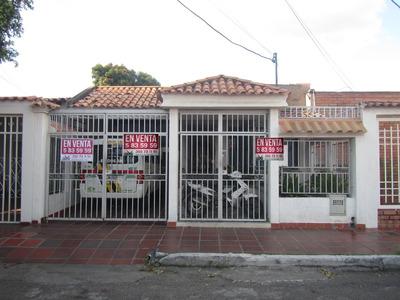 Casa En Venta En El Sector De Los Pinos