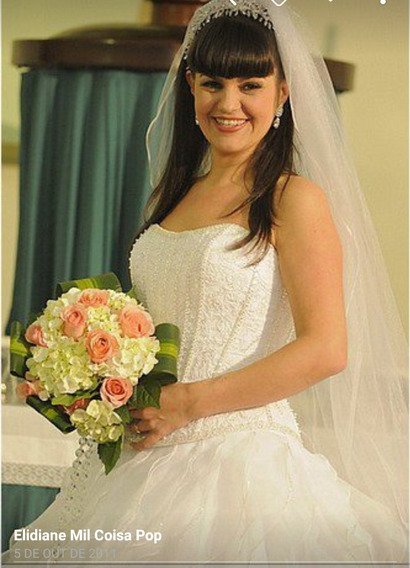 Vestido De Noiva Luxo Completo 40-42 Center Noiva