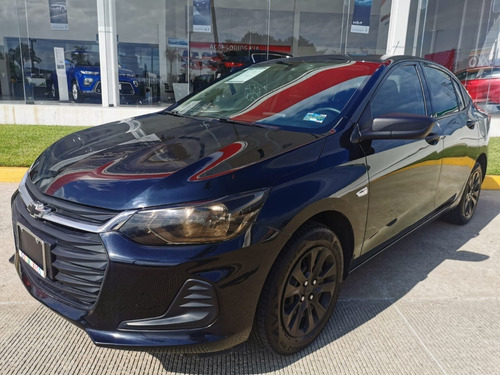 Imagen 1 de 10 de Chevrolet Onix 2021