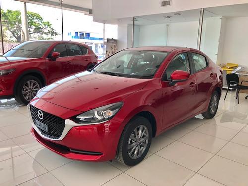 Mazda 2 Sedan Touring Automatico 2021 Rojo Diamante