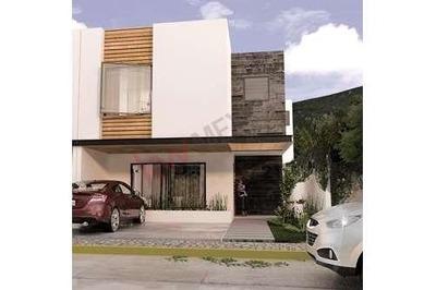 Casa En Pre-venta, Cañadas Del Lago, Seccion Arroyo, Corregidora, Queretaro, Qro.
