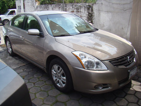 Nissan Altima S 2.5 2012 Color Beige 4 Cil