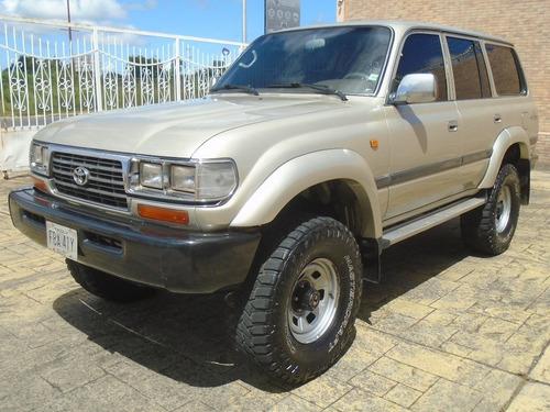 Imagen 1 de 15 de Toyota Autana - Sincronica