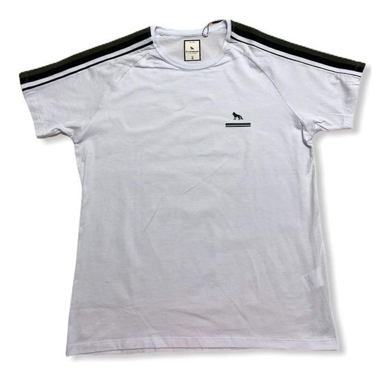 Camiseta Detalhe Ombros
