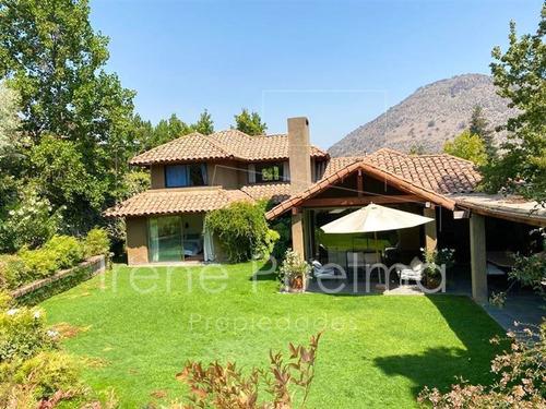 Imagen 1 de 18 de Casa Venta En Golf De Manquehue, 5 Dormitorios, Lo Barnechea