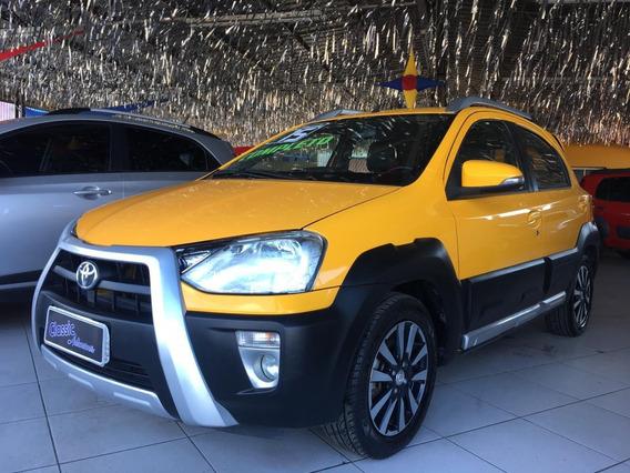 Ofertão - Toyota / Etios Hb 1.5 Cross Flex 2015