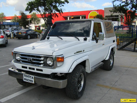 Toyota Land Cruiser Mt 4500