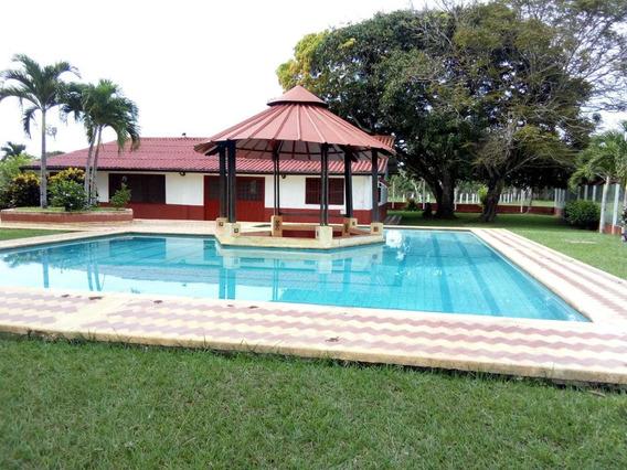Finca En Venta Ganadera, Villavicencio