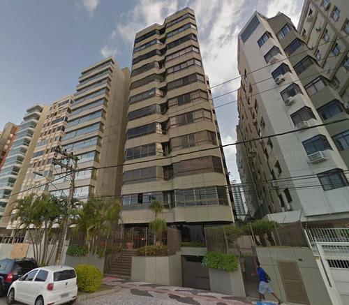 Imagem 1 de 5 de Apartamento De Alto Padrão Na Beira Mar Norte - Ap3978