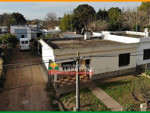 Venta De Casa Con Apartamento En Progreso, Canelones