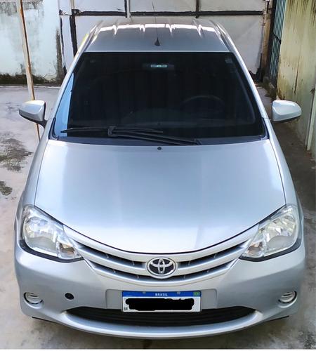 Toyota Etios Sedan X 1.5 Com Gnv