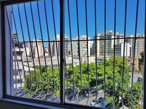 Imagem 1 de 6 de Apartamento À Venda, 70 M² Por R$ 450.000,00 - Icaraí - Niterói/rj - Ap47880