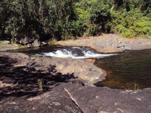 Vendo Sitio Com Cachoeira Em Natividade Da Serra (4082)