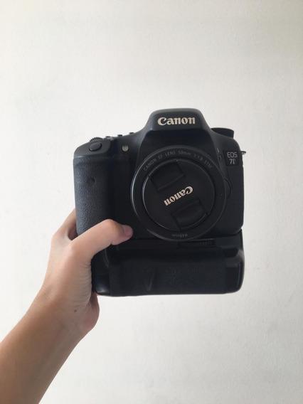 Canon 7d Com Lente 50mm + 2 Baterias C/ Carregador + Grip