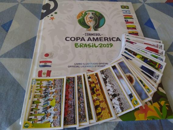 Álbum Copa América 2019 Capa Dura + Lote C/ 100 Figurinhas!