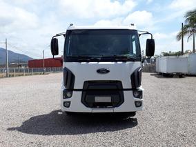 Caminhão Ford Cargo 1517 Chassis