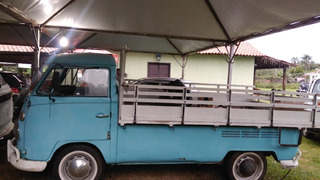 Volkwagen Kombi Corujinha 1975