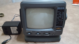 Tv.bco. Y Negro 5.5 PuLG. Con Radio Am-fm