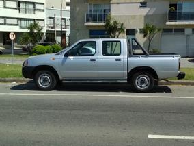 Nissan D22 Año 2012 En Excelente Estado