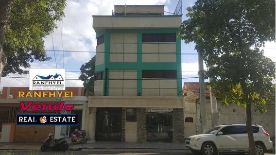 Inmobiliaria Ranfhyel Vende O Alquila Este Edificio De 3 Pis