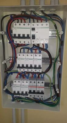 Electricista Matriculado Urgencias En Zona Oeste Las 24 Hs