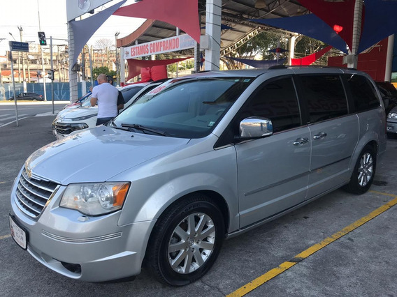 Chrysler Town N Country - 2008