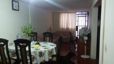 Casa De 5 Ambientes Y 2 Baños.