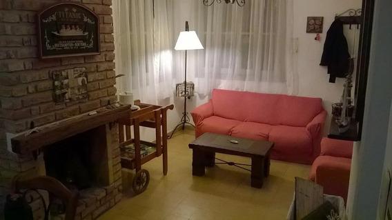 Vendo Apartamento Tipo Casa En Pleno Centro De Atlántida