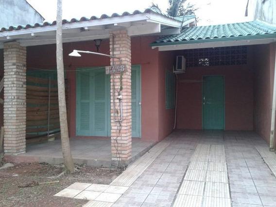 Casa À Venda Na Rua Maria Antonia Dos Santos, Pinguirito, Garopaba - Sc - Liv-7321