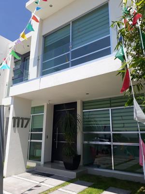 Hermosa Casa En La Condesa Juriquilla, 3 Recámaras, 3.5 Baños, Estudio, Salatv