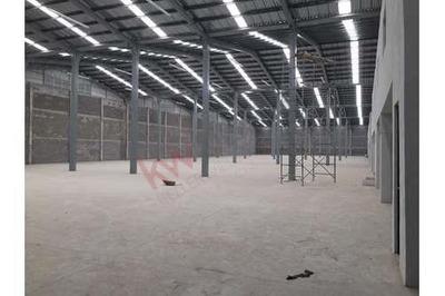 Rento Bodegas De 1,500m2 En Apodaca Nuevas Zona Metalsa