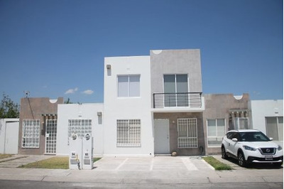 Casa En Venta En Paseos Del Bosque 3 Rec Recién Remodelada Con Acabados Premium