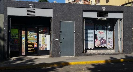 Local En Venta En Catia, Libertador #21-6563 Bc