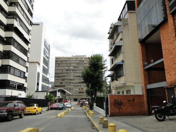 Oficina En Alquiler En Sabana Grande (mg) Mls #19-1317