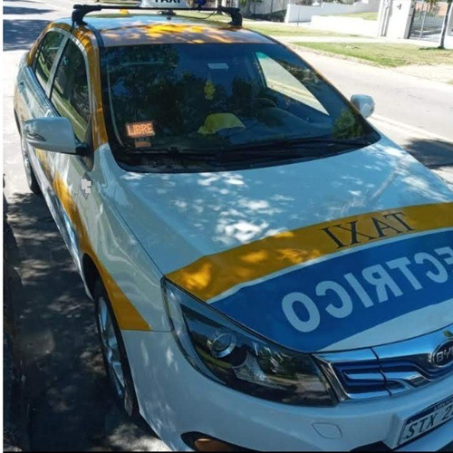 Taxi Byd E-5
