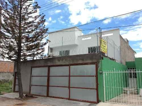 Casa Amplia En Venta-zona Sur