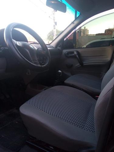 Imagem 1 de 12 de Chevrolet Classic 1.0 2010
