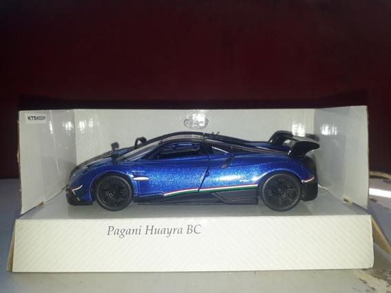 Auto Escala Pagani Huayra Bc Y Ford Mustang Gt