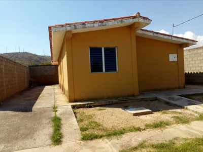 Casa En Venta Yaritagua Virgen Santa Lucia