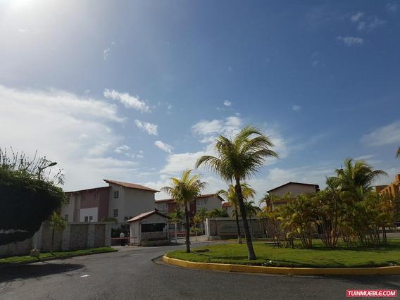 Villas Martinique - Townhouse   Venta   Lecheria