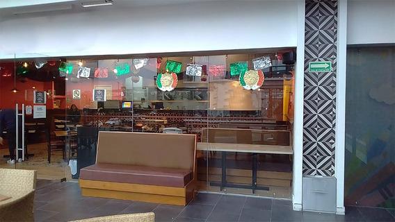 Se Traspasa Restaurante En El Refugio
