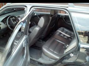Volkswagen Parati 1.0 16v Turbo 4p