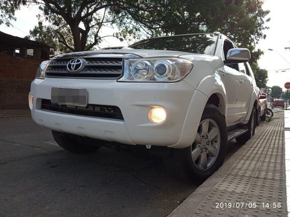 Toyota/ Hilux Sw4 Srv 4x4 Diesel/ 7 Lugares - 2011