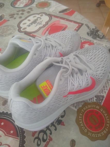 Zapatillas Nike Winflo 5.talle 35.5